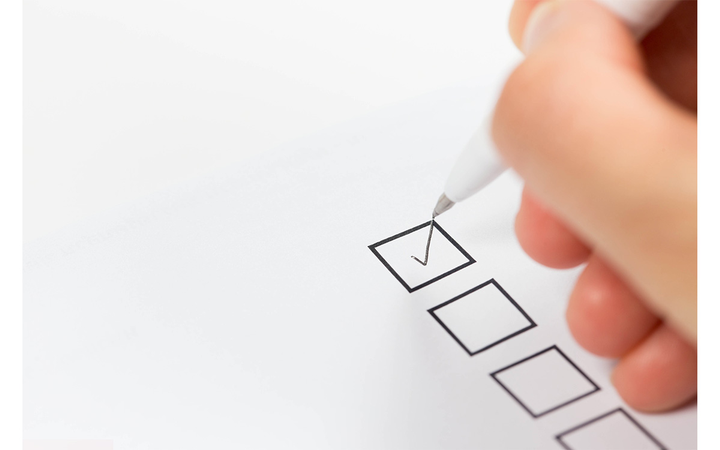 Use this checklist to help dealer clients evaluate risk and spot red flags when vetting F&I companies. - Photo via iStock