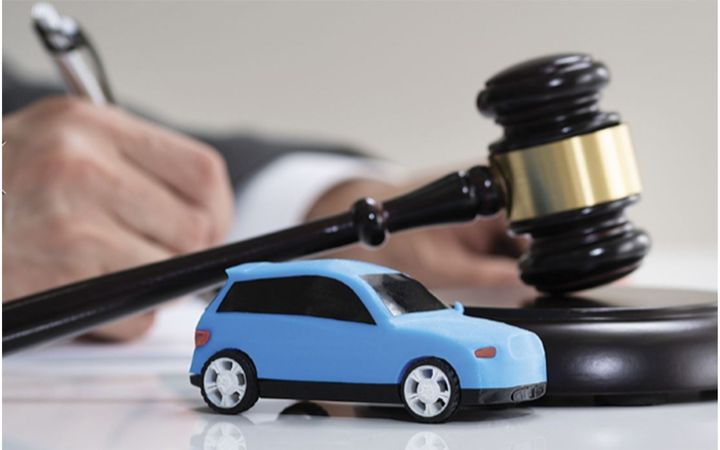 By maximizing the client-attorney relationship, dealers can foreclose many potential liabilities. - IMAGE: Andrey Popov via GettyImages.com