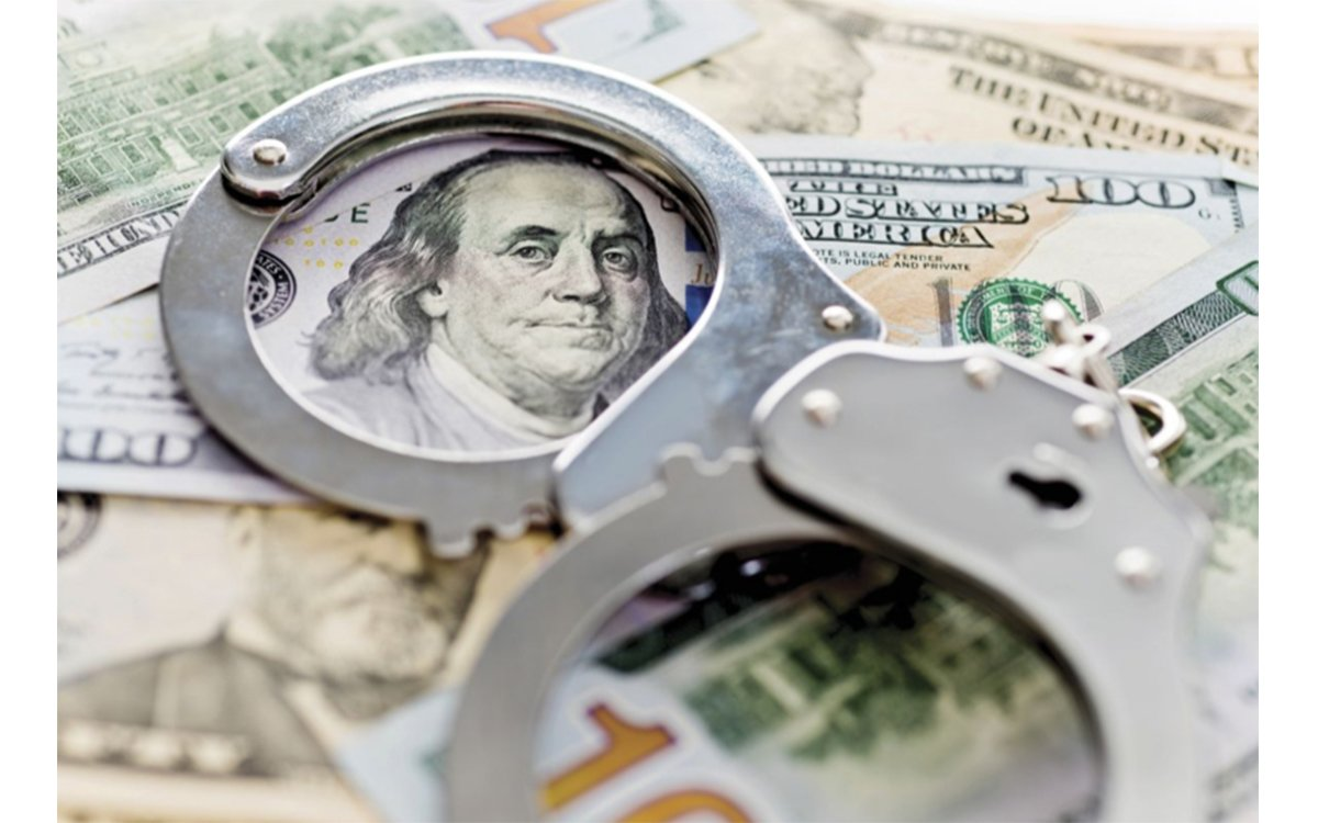 7 Warning Signs of Money Laundering at Your Dealership