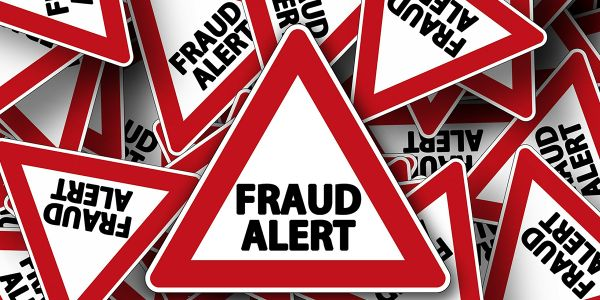 A lender's best strategy is to recognize potential fraudulent situations as early as possible...