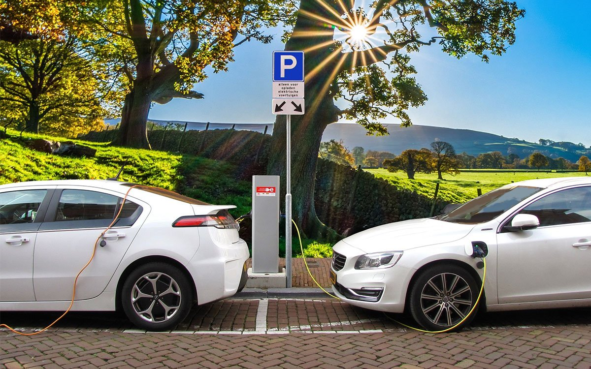 Is Your Service Business Ready for the EV Impact?
