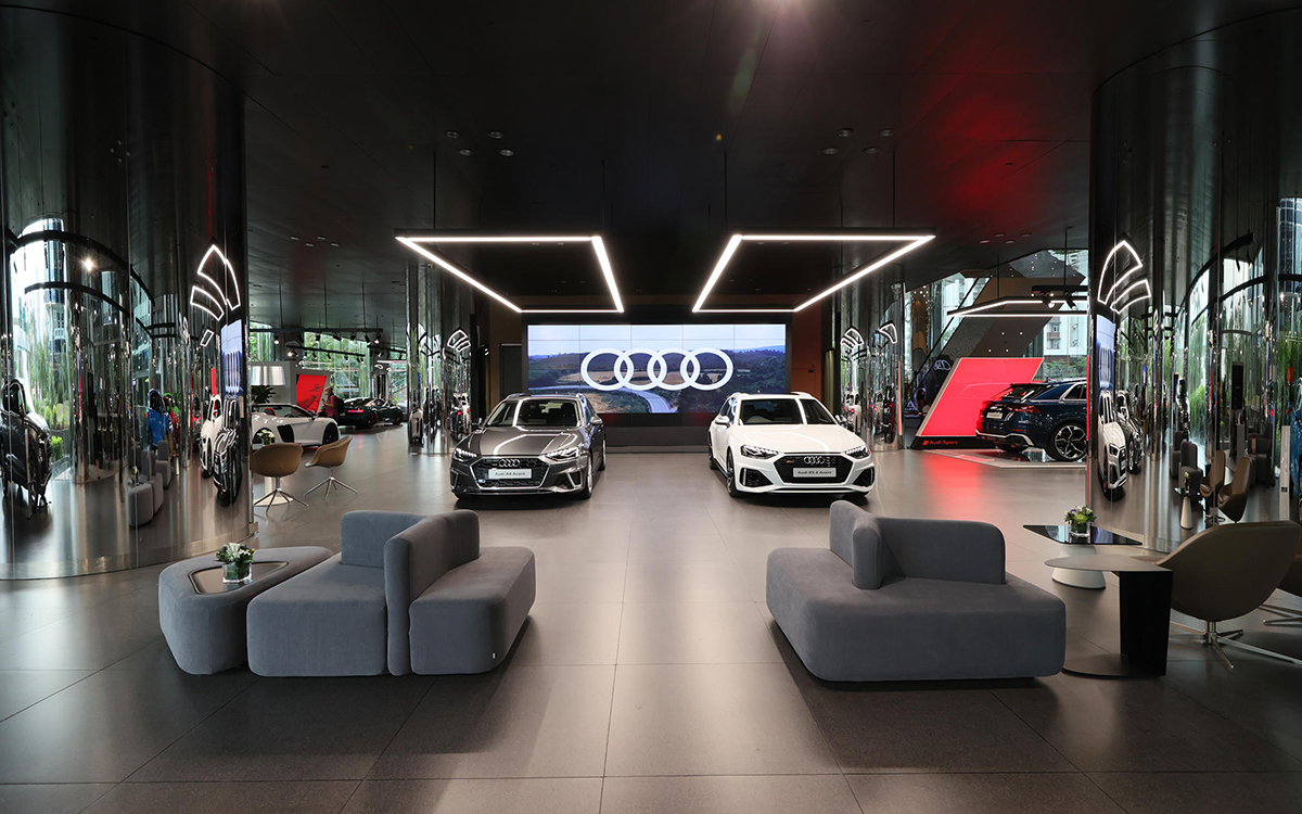 Will Digital Replace Physical Showrooms?