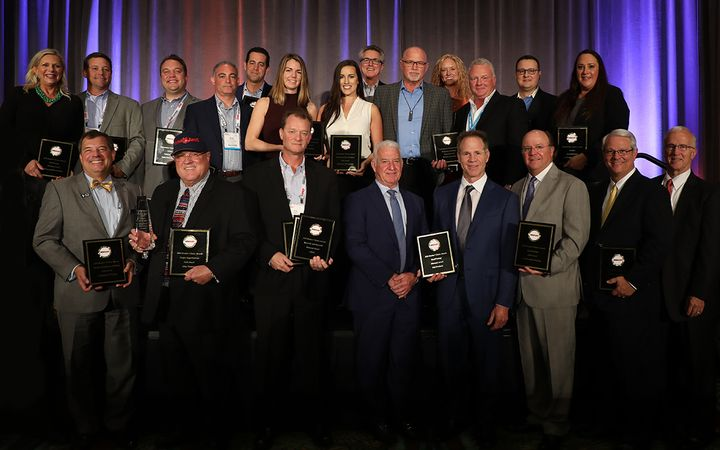 A group of Dealers' Choice Awards winners posed for a group photo at the 2018 Industry Summit Honors in Orlando, Fla. 