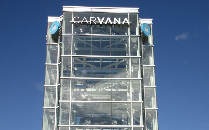 Carvana broke into the rankings of America's top 10 used-vehicle retailers in 2018, but analysts say the company loses more than $2,000 every time it sells a car. 