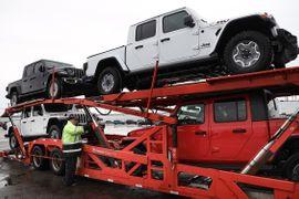 Bloomberg: FCA Banking Unordered Vehicles, Pressuring Dealers