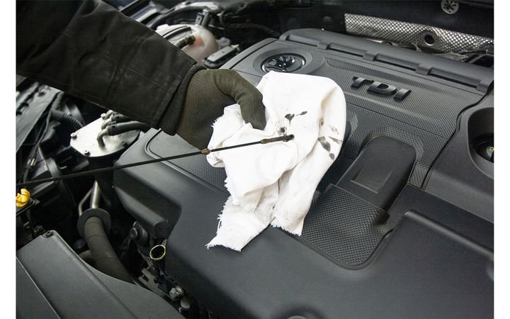 Twenty percent of American households are delaying maintenance on their vehicles, according to the results of a recent survey by automotive research firm IMR Inc. - Image by Skica911 from Pixabay