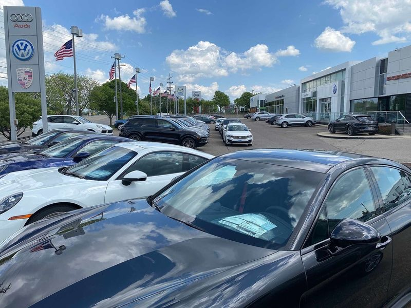 Cox and LMC put Days' Supply of Inventory Below 1 Million Vehicles