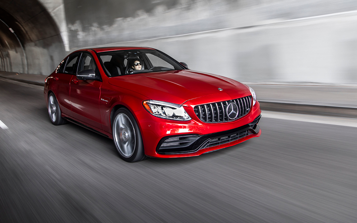 "Mercedes-Benz led all North American luxury carmakers in Cox Automotive's new Retail Brand Scorecards study, one of five factories to earn ""straight As"" in six key subjects. 