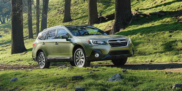 The 2018 Subaru Outback is one of 20 mass-market and highline models included on Autotrader's...