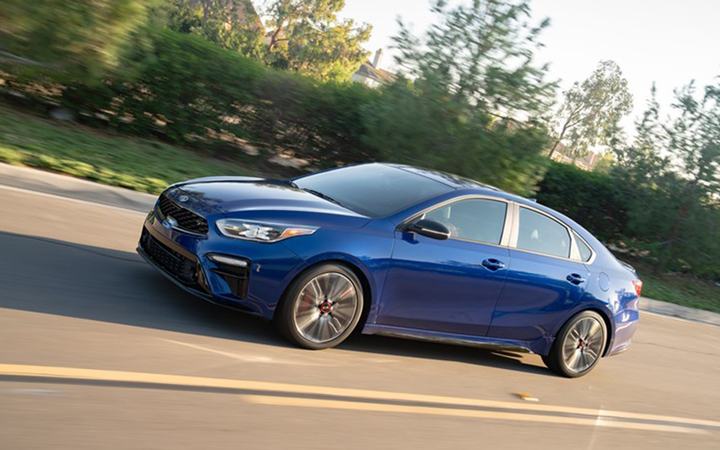 The Kia Forte helped lead its South Korean manufacturer to the best overall score among mass-market auto retailers for the second consecutive J.D. Power Initial Quality report. 