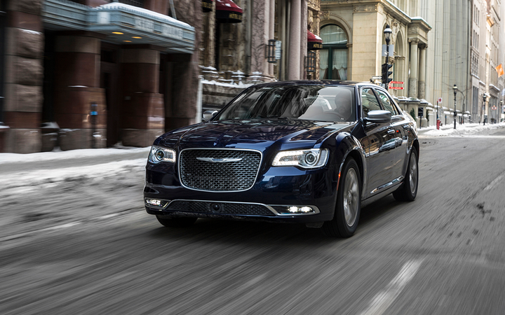 Pre-owned full-size cars such as the Chrysler 300 depreciated by an average of 0.77% in Black Book's latest weekly report, but incentives for new full-size cars stood at 13% of MSRP, tied for third-highest among all vehicle types. 