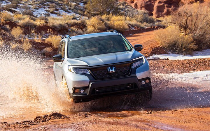 Honda reported a one-month record tally of nearly 174,000 units sold by U.S. dealers in August, led by best-ever months for the Passport (pictured) and CR-V.   - Photo courtesy American Honda Motor Co.