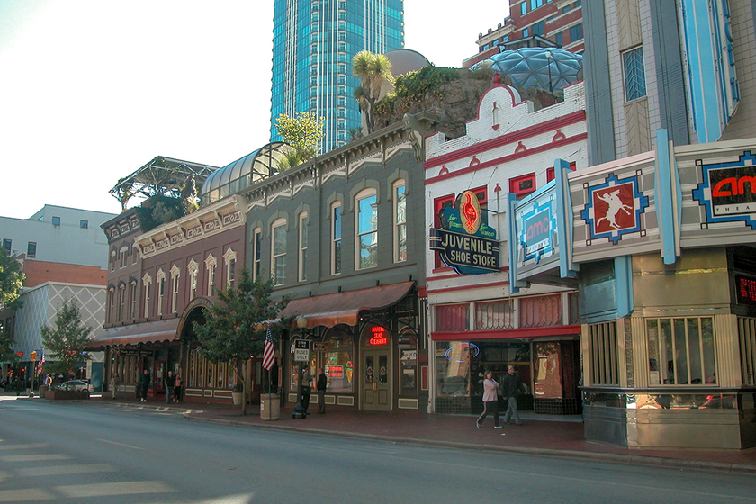 Fort Worth will host VinSolutions' annual user summit this fall.