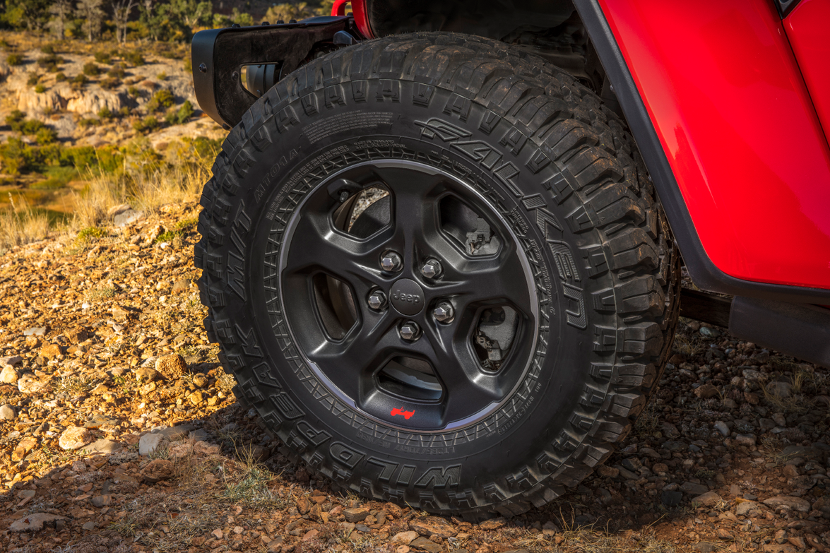 Standard equipment includes 33-inch off-road tires, front- and rear-axle lockers, and a...