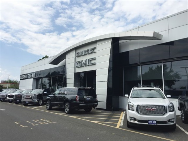 The Lester Glenn family includes eight dealerships representing 11 brands and selling 13,000 vehicles per year. The management team decided to invest in a new service campaign after a free lifetime oil program failed to retain enough customers.