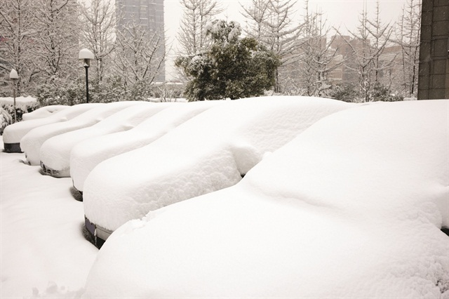 Winter weather is no excuse for lot stagnation. Assign each space a number, track which spots are moving metal and arrange your oldest units accordingly. Photo via istock.com