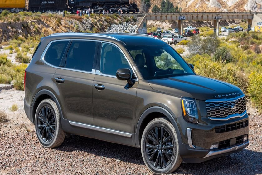 The editors at Kelley Blue Book have rounded up the 10 Most Successful New Models of 2019.