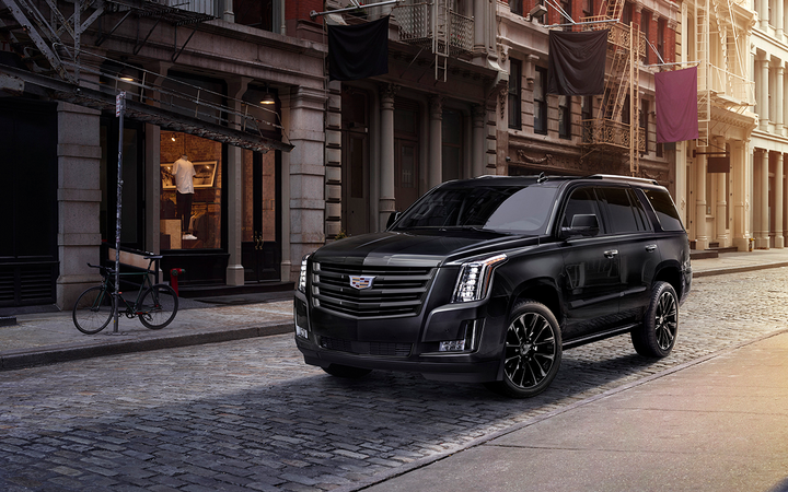 The average cost to lease a new Cadillac Escalade on Wantalease.com fell by nearly 23% in August, leading a wave of discounts for trucks and SUVs. The 2020 edition (pictured) is expected to hit showrooms sometime in the first quarter. 