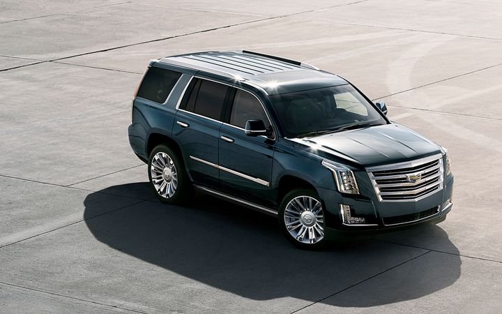 Wantalease.com analysts say average lease payments for the 2019 Cadillac Escalade increased by $327 between August and September. 