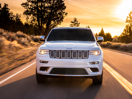 No. 4: The Jeep Grand Cherokee won 2.5% of the new-vehicle lease market in Q4, averaging a...