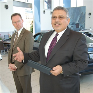 Mercedes Benz Of San Francisco >> Mobilizing The Dealer Experience Auto Finance F I And