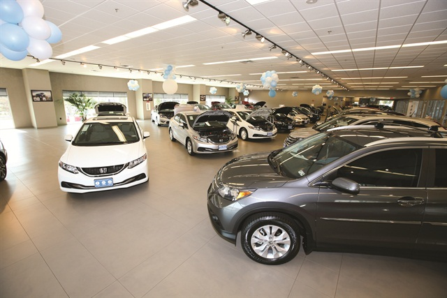 First Texas Honda switched to a hybrid manager model in 2010. The change led to a $200 jump in the F&I department's average profit per retail unit.