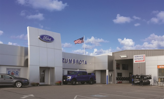 F I Pacesetters Zumbrota Ford Auto Finance F I And Showroom