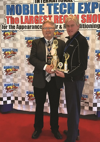 At the Mobile Tech Expo in March, Jeff Snowden, Dent Zone's longest tenured employee, was presented with the Lifetime Achievement Award for his more than 25 years of service and leadership in the PDR industry. He was instrumental in developing Dent Zone's national network of mobile fulfillment technicians.