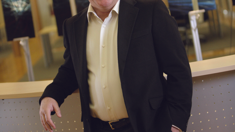 Before launching DealerVault, Stephen Cottrell founded Crosse, Wis.-based Authenticom. It...