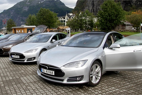 Tesla has demonstrated a rare immunity to disenchanted customers, who have remained loyal despite a long list of quality issues. Photo courtesy Norwegian Electric Vehicle Association