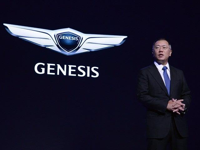 Photo of Euisun Chung, vice chairman, announcing the Genesis luxury brand courtesy of Hyundai.