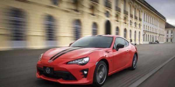 Jumpstart: Interest in Luxury Sport, Coupe Segments Growing