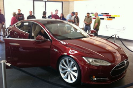 Conn. Dealer Association Launches Controversial Anti-Tesla Site